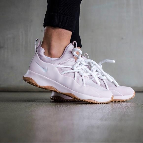 City Nike Running Shoe Womens Loop Shoes Poshmark qgSwf